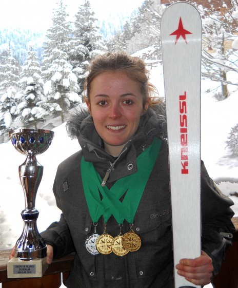 Photo of Jasmin Taylor with ski and Colchester Sports Personality Trophy