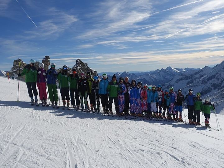 The committee training camp line-up in Hintertux.