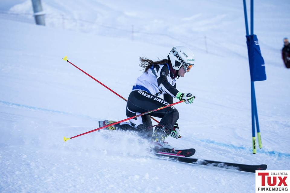 Jasmin Taylor on course in Hintertux